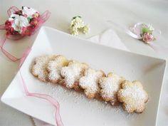 Biscotti con farina di riso e miele millefiori italiano Rigoni di Asiago facili e veloci da realizzare in pochi minuti