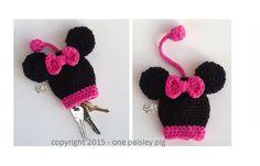 Minnie Mouse Key Holder Adorable Crochet Pattern - (cute diy idea, inspiration - fun project)