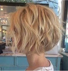 Beliebte kurze gewellte Frisuren We Love - Hair Style Women Terrific Popular Short Wavy Hairstyles We Love – Love this Hair blanketcoveredlov… The post Popular Short Wavy Hairstyles We Love – Love this Hair blanketcoveredlov…… appeared first . Short Bob Styles, Medium Hair Styles, Curly Hair Styles, Short Bobs, Wavy Bobs, Bobs For Thick Hair, Short Hairstyles For Thick Hair, Short Hair Cuts, Haircut Short