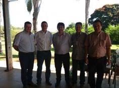 O superintendente Técnico da Girolando, Leandro Paiva, e o coordenador Operacional do Programa de Melhoramento Genético da Raça Girolando (PMGG), Marcelo Cembranelli, reuniram-se com o presidente da EMATER-MG, Amarildo Brumano Kalil.