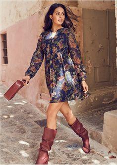 Αέρινο φόρεμα της BODYFLIRT, με μικρή πατιλέτα και λάστιχο στη μέση. Μήκος περίπου 90 εκ. Από 99% πολυέστερ, 1% lurex. Φόδρα: 100% πολυέστερ. Fall Trends, Paisley, High Neck Dress, Dresses With Sleeves, Long Sleeve, Women, Style, Autumn, Happy