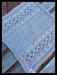 Ravelry: Rowan Tree (Rogn) pattern by Bitta Mikkelborg Would make a nice blanket