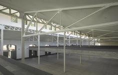 Exhibition area in Casa del Lector (Madrid).  Picture of Roland Halbe  Espacio de exposiciones en Casa del lector. Imagen de Roland Halbe