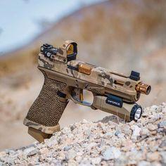 Airsoft Guns, Weapons Guns, Guns And Ammo, Custom Guns, Glock 17 Custom, Shooting Guns, Military Guns, Cool Guns, Assault Rifle