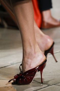 Miu Miu Spring 2015 Ready-to-Wear Accessories Photos - Vogue On Shoes, Women's Shoes Sandals, Me Too Shoes, Shoe Boots, Shoes Style, Fashion Heels, Fashion Boots, Paris Fashion, Spring Wear