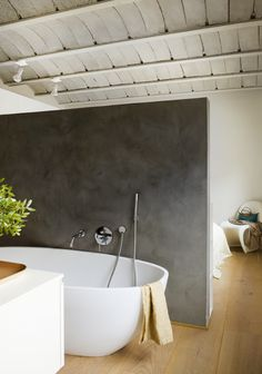 Cool Rustic Bedroom With Ensuite Bathroom : Cool Rustic Bedroom With Ensuite Bathroom With White Bathtub And Dark Concrete Divider And Wooden Beams Design Tiny House Bathroom, Bathroom Design Small, Bathroom Sets, Bathroom Storage, Bathroom Interior, Awesome Bedrooms, Beautiful Bedrooms, Attic Spaces, Small Spaces