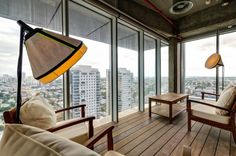 The Tel Aviv office occupies seven floors, a total area of square feet, and looks like your dream apartment. Tel Aviv, Google Office, Interior Design Photos, Office Interior Design, Office Designs, Corporate Interiors, Office Interiors, Modern Interiors, Design Thinking