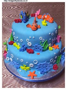 Finding Nemo Cake--love the designs on this cake.  Nate's 8th b-day, he has changed his mind again ;)