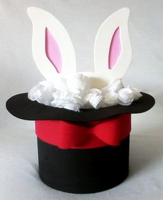 Throw a rabbit in a hat Circus Party Decorations, Circus Carnival Party, Circus Theme Party, Carnival Birthday Parties, Circus Birthday, Magician Party, Circus 1st Birthdays, Magic Theme, Clown Party