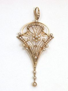 pearl lavaliere | Antique Edwardian Peridot and Pearl Pendant Lavalier Fashion Fun