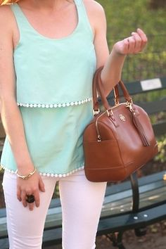 Pretty mint and white outfit! Love the Tory Burch bag! Vogue, Mode Outfits, Trends, Swagg, Spring Summer Fashion, Spring Style, Passion For Fashion, Dress To Impress, Style Me