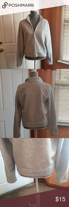 American eagle outfitters fleece jacket! It's gray and really cozy warm! It's thicker than most fleece jackets! Layer it up with one my Tshirt to style it up! I don't see any flaws. Preloved. Any ? Please ask. American Eagle Outfitters Jackets & Coats