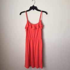 ❗️FINAL PRICE❗️Cute Summer Dress  Lightly worn, in good condition  62% polyester 33% rayon 5% spandex • very comfortable & soft material  True to size Comes from smoke & pet free home  FAST shipper ⚡️same day or next day depending on when you order NO Trading, NO Holds  Bundling Available Mossimo Supply Co Dresses