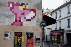 Burgerness-space-invader-street-art-paris