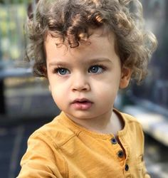 Cute Little Baby, Mom And Baby, Little Babies, Cute Babies, Baby Kids, Cute Baby Pictures, Baby Photos, Beautiful Children, Beautiful Babies