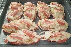 Neck steaks on the sheet chef - Essen und trinken - Meat Recipes Steaks De Porc, Chef Recipes, Cooking Recipes, Healthy Eating Tips, Healthy Recipes, Party Finger Foods, Rabbit Food, Vegetable Drinks, Pork Chop Recipes