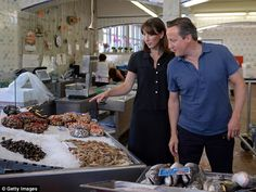 David Cameron and wife in Cascais Food Market - 2014 David Cameron, Samantha Cameron, Seafood Market, Connection, This Or That Questions, Portuguese Food, Politicians, Portugal, Eagle