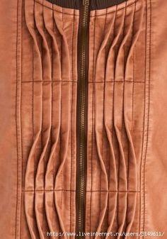 Textile Manipulation, Fabric Manipulation Techniques, Textiles Techniques, Techniques Couture, Sewing Techniques, Fabric Manipulation Tutorial, Fabric Patterns, Dress Patterns, Sewing Patterns