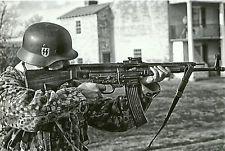 German WW II Photo  **    SS Soldier -- Sturmgewehr 44  **        # 169