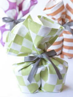 colorful tea towels (wrapping 2 jars of jam, or chocolate and caramel sauce, or homemade anything) are great for gifting.