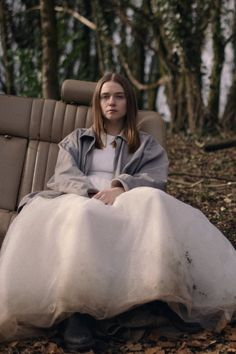 Season 2 of The End of the F***ing World Was a Wild Ride From Start to Finish Here's everything that went down with James, Alyssa, Bonnie, and more in season 2 of Netflix's The End of the F***ing World. Jessica Barden, The End, End Of The World, Series Movies, Movies And Tv Shows, Movie Film, Funny Travel Quotes, Are You Not Entertained, World Wallpaper
