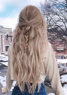 ashley anderson ashley anderson The post ashley anderson appeared first on Geflochtene Frisuren. Pretty Hairstyles, Braided Hairstyles, Country Girl Hairstyles, Boho Hairstyles For Long Hair, Church Hairstyles, Cute Everyday Hairstyles, College Hairstyles, Cute Hairstyles For School, Anime Hairstyles