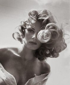 Anita Ekberg in a Peter Basch photo, 1950′s first posted by ciao-belle