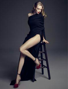 Amanda Seyfried - Beautiful Celebrities