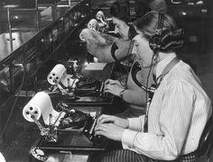 Image-of-sending-telegrams-1-June-1935-credit-Daily-Herald-Archive-National-Media-Museum-SSPL1.jpg (841×643)