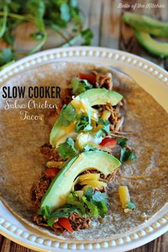 This Slow Cooker Salsa Chicken Tacos recipe is so easy to make and will make your taste buds sing! Throw it together in the morning and have a great meal in the evening! - Belle of the Kitchen Slow Cooker Salsa, Slow Cooker Recipes, Crockpot Recipes, Healthy Recipes, Chicken Taco Recipes, Salsa Chicken, Mexican Food Recipes, Salsa Verde, Easy Weeknight Meals