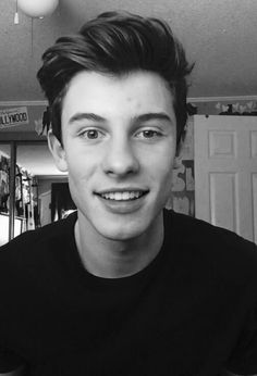 his lazy eye is the cutest thing