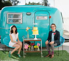 Love this bright blue vintage camper – perfect for a sweet elopement!