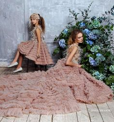 ALALOSHA: VOGUE ENFANTS: Must Have of the Day: Mischka Aoki 's incredible, peachy coral, sleeveless tulle dress