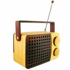 Shoply.com - Magno Wooden Radio. Only €189.00