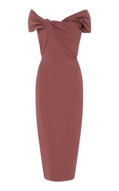 Shop Off-The-Shoulder Stretch-Crepe Midi Dress. Cushnie et Ochs's dress is the perfect example of the brand's minimal, yet sophisticated design aesthetic. Source by women dress Dress Outfits, Casual Dresses, Fashion Dresses, Dress Up, Women's Dresses, Classy Dress, Classy Outfits, Sophisticated Outfits, Velvet Midi Dress