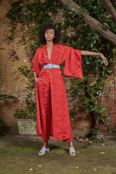 See the complete Resort 2018 collection from Rosie Assoulin.