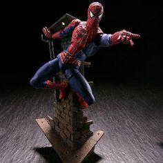 Amecomi Yamaguchi Revoltech Spiderman Action Figure