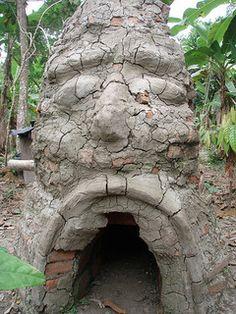 kiln for ceramics Pottery Kiln, Pottery Wheel, Ceramic Pottery, Ceramics Projects, Clay Projects, Wood Kiln, Types Of Fire, Play Clay, Love Craft