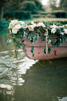 Garden Rose - Romantic Summer Garden Wedding Inspiration in Pink & Green Boat Wedding, Wedding Day, Wedding Reception, Wedding Blog, Wedding Photos, Bridal Pictures, Decor Wedding, Garden Wedding Inspiration, Jolie Photo