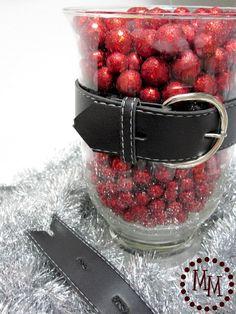Santa's Belt {Homemade Christmas Decor}