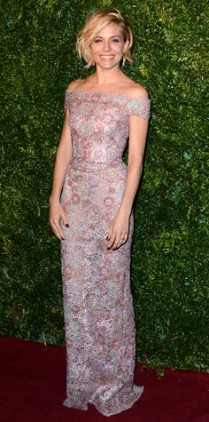 Look of the Day - December 1, 2014 - Sienna Miller in Burberry from #InStyle