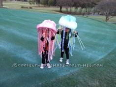 Homemade Jellyfish Costumes... This website is the Pinterest of costumes
