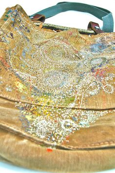 before it fades (lnop: Junko Oki describes her poetic embroidery...)