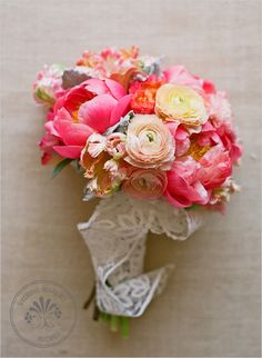{big pink peony and ranunculus wedding bouquet} Lovely.
