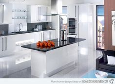 High gloss kitchen cabinets 17 white and simple high gloss kitchen designs home design lover High Gloss White Kitchen, High Gloss Kitchen Cabinets, White Kitchen Decor, Kitchen Cabinets Decor, Kitchen Units, Kitchen Layout, Kitchen Worktops, Kitchen Grey, Kitchen Ideas