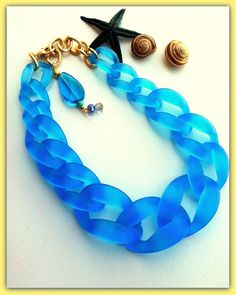 Hey, I found this really awesome Etsy listing at https://www.etsy.com/listing/246170039/blue-chain-mod-necklacechunky-chain