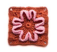 Easy motif  Flower Baby Blanket.   Craftsy