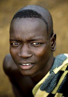 Ethiopia. Bodi man, Lower Omo Valley tribe  Flickr eric lafforgue