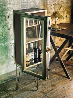 """The Best tips for """"How to UPCYCLE FURNITURE"""" - crafted cabinets"""