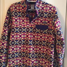 Women's medium Patagonia pullover PERFECT condition! Only worn a couple of times. Size medium. Just had a sweet baby so this is a little too tight on me now  No trades. Patagonia Jackets & Coats